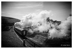 Steam train at Corfe Castle.