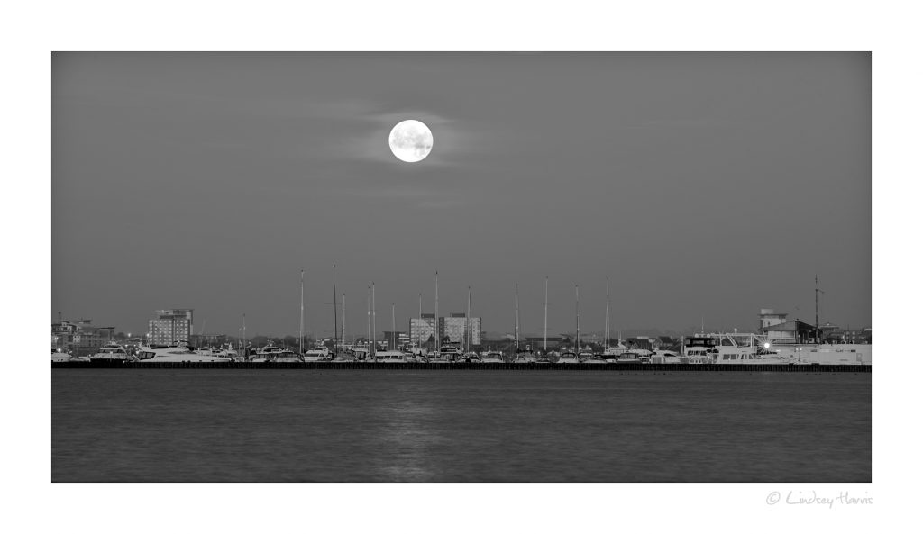 December 2016 Supermoon Over Poole, Dorset