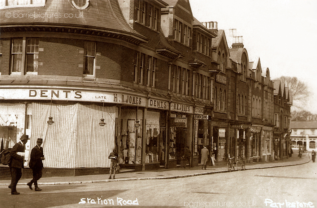 Station Road, Lower Parkstone, @1930. Looking towards Commercial Road.