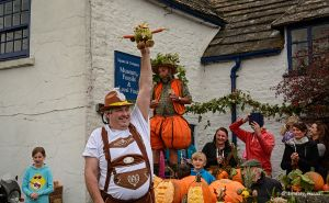 The Square and Compass - Pumpkin and Beer Festival