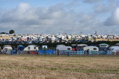 Watching the caravan fields fill up - Day 1 (Thursday).