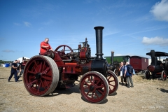 Traction engine.