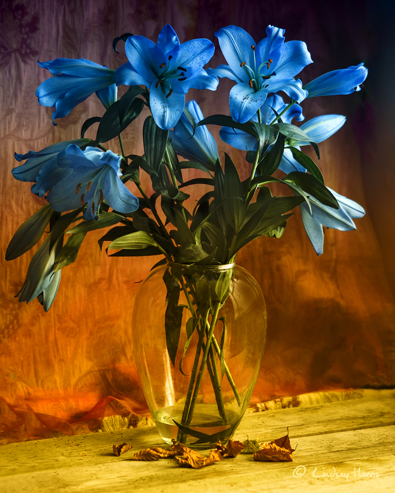 ⇡ Dufy style still life photograph - vase of flowers